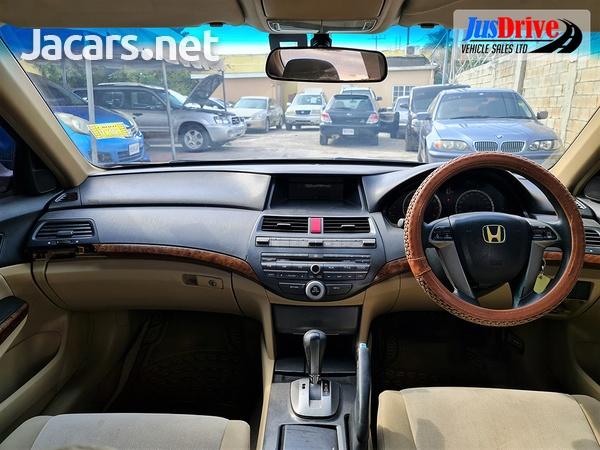Honda Accord 2,0L 2010-9