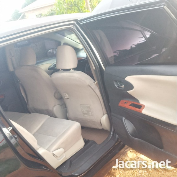Toyota Wish 1,8L 2010-10