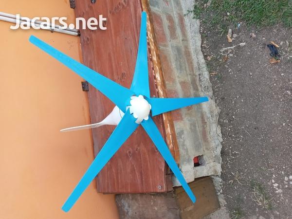 12/24 volt wind turbine. 8000watt.-1
