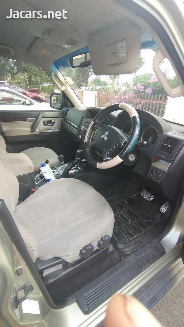 Mitsubishi Pajero 3,0L 2014-5