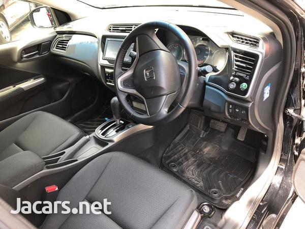 Honda Grace 1,5L 2019-4