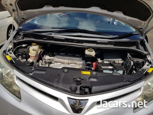 Toyota Estima 2,4L 2012-9