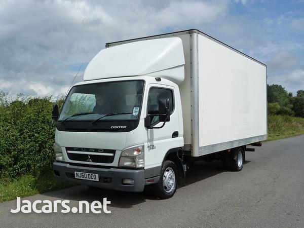 Mitsubishi Canter Box Truck 2010-1