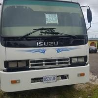2003 Isuzu Truck