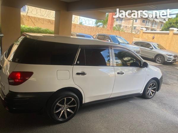 Nissan AD Wagon 1,3L 2012-9