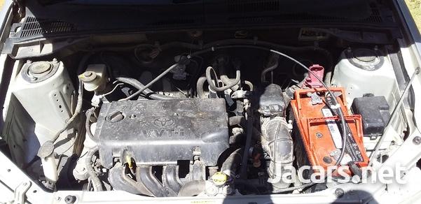 Toyota Probox 1,5L 2013-6