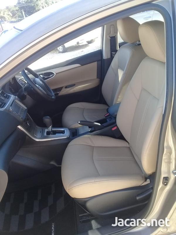 Nissan Sylphy 1,6L 2015-6