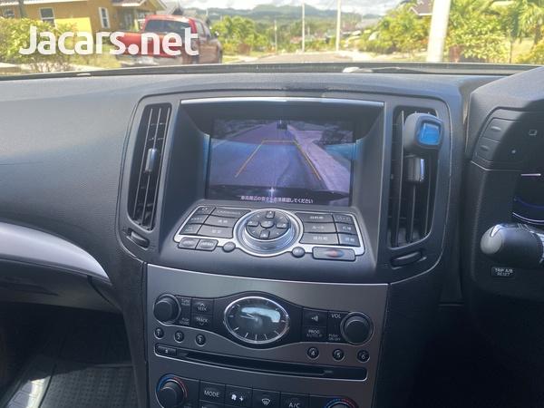 Nissan Skyline 2,5L 2011-9