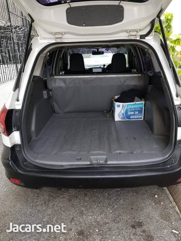 Mazda Familia 1,5L 2013-7