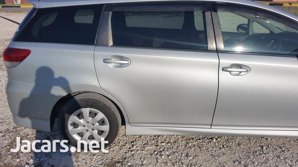 Toyota Wish 1,4L 2011-5