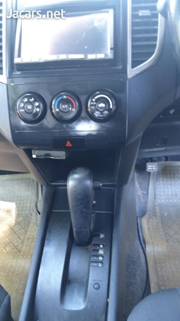 Nissan Wingroad 1,5L 2011-2