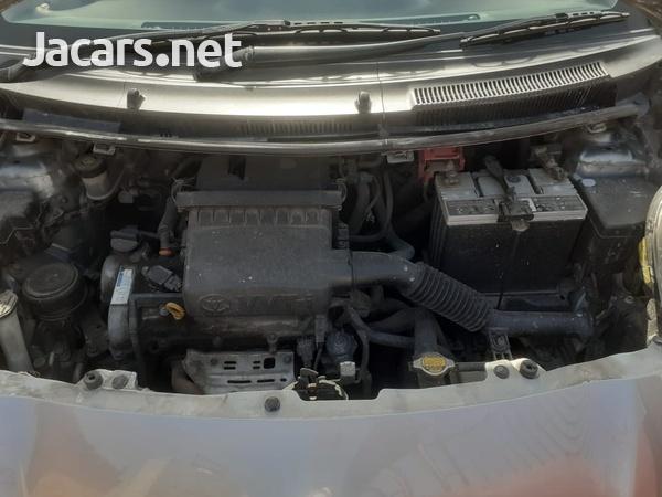 Mazda Premacy 1,8L 2012-4