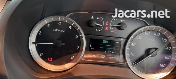 Nissan Sylphy 2,0L 2015-6