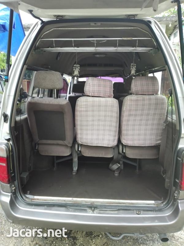 1999 Toyota Hiace Grand CabinG-12