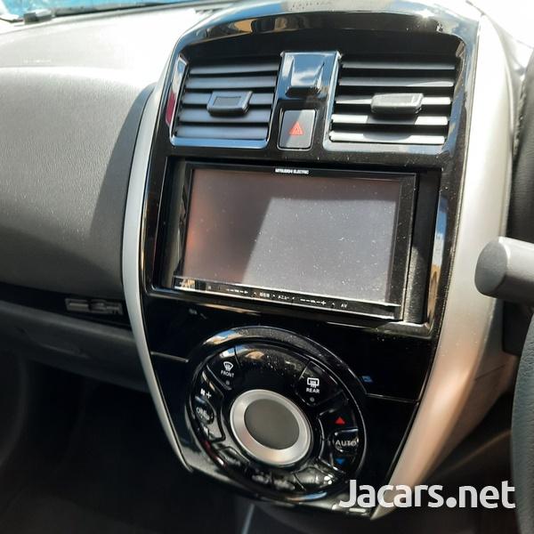 Nissan Latio 1,2L 2016-16