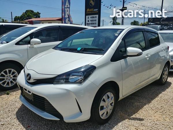 Toyota Vitz 1,0L 2014-1