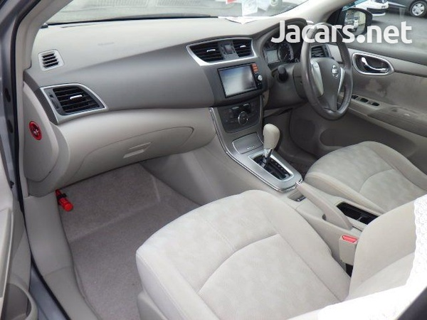 Nissan Sylphy 1,5L 2013-5