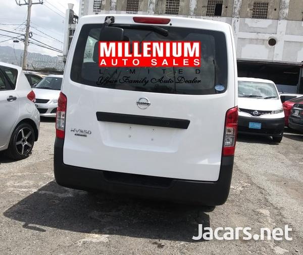 Nissan Caravan 2,3L 2015-11