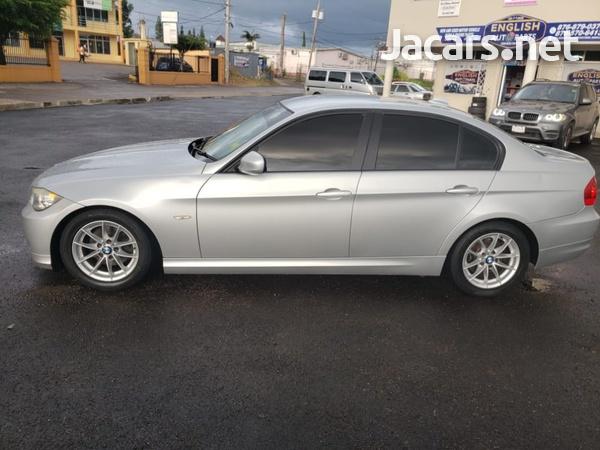 BMW 3-Series 1,8L 2011-8