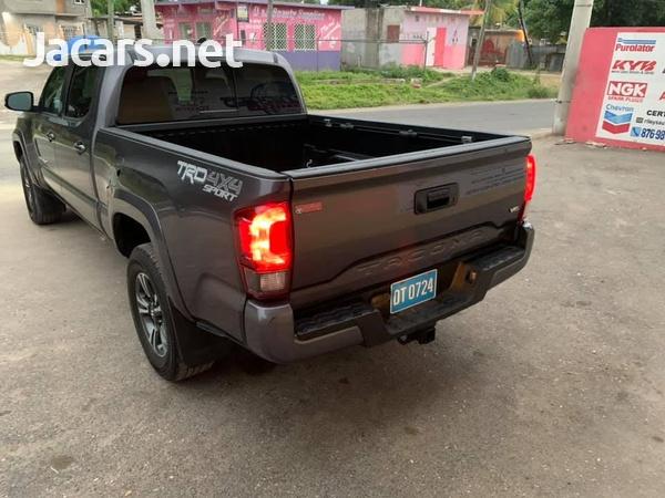 Toyota Tacoma 3,5L 2018-5