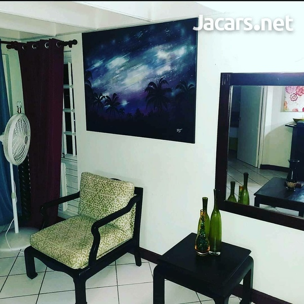 2 Bedroom 2 Bathroom Apartment in Ocho Rios with pool access and 24 hrs security-3