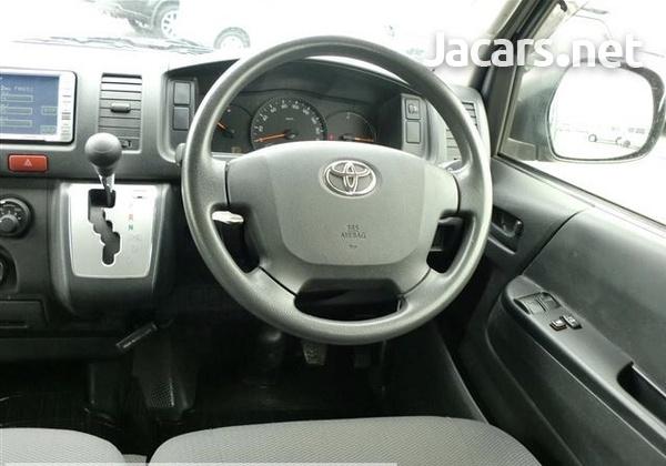 Toyota Regius Ace 2,0L 2014-3