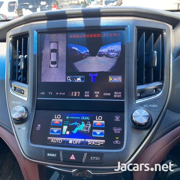 Toyota Crown 3,5L 2013-3