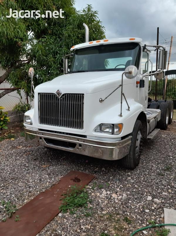 2005 International 9200i Truck-3