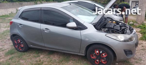 Mazda 2 1,3L 2014-3