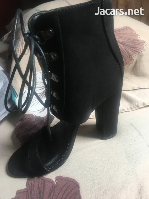 Ladies shoes-8