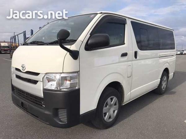 Toyota Regius Ace/Hiace-3