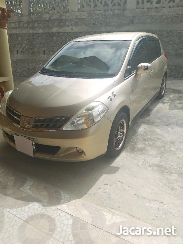 Nissan Tiida 1,5L 2010-1