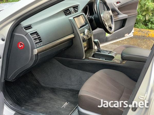 Toyota Mark X 2,4L 2016-9