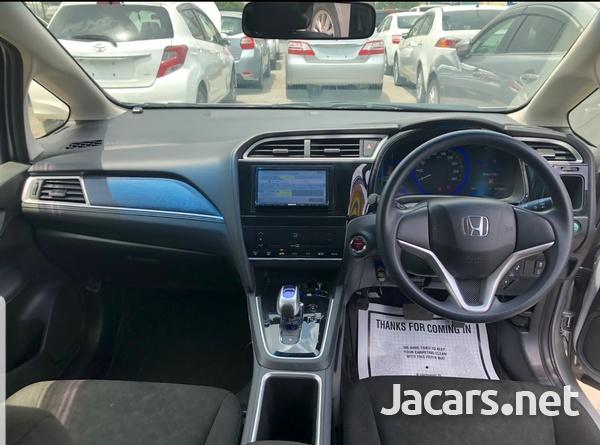 Honda Fit Shuttle 1,5L 2016-4