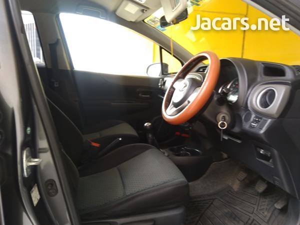 Toyota Vitz 1,5L 2011-14