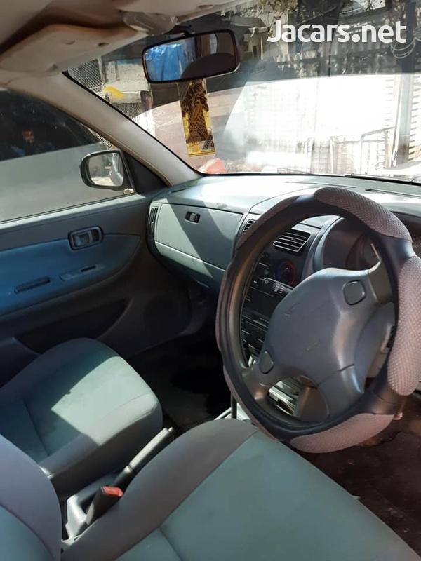 Daihatsu Sirion 1,0L 2003-1