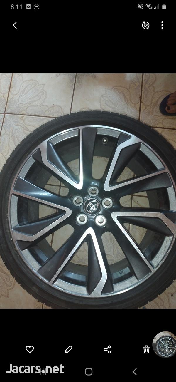 Rims with tyre. St Elizabeth-2