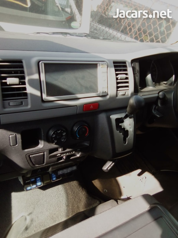 2011 Toyota Hace Chiller Bus-2