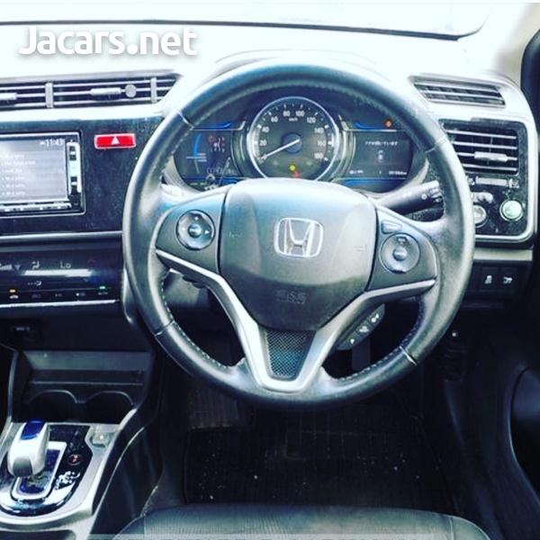Honda Grace 1,5L 2015-5