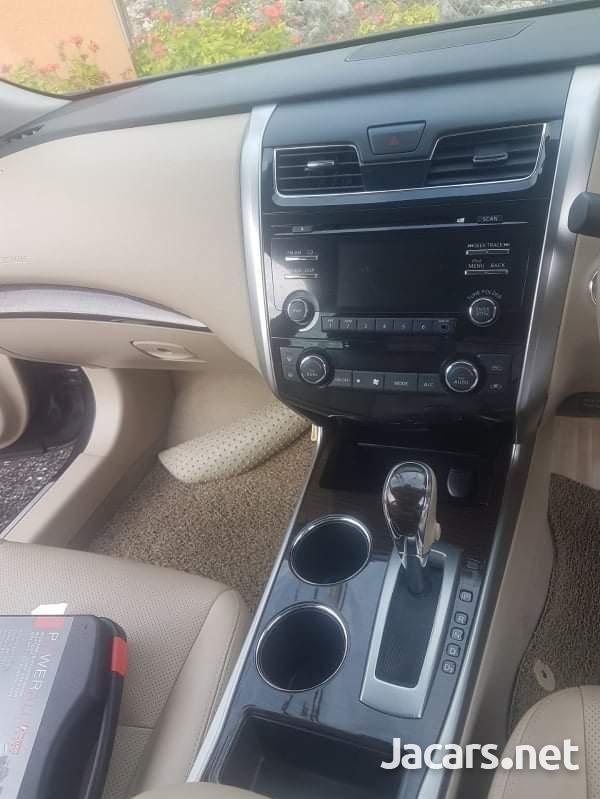 Nissan Teana 2,0L 2013-6