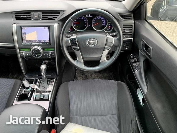 Toyota Mark X 3,5L 2012-4
