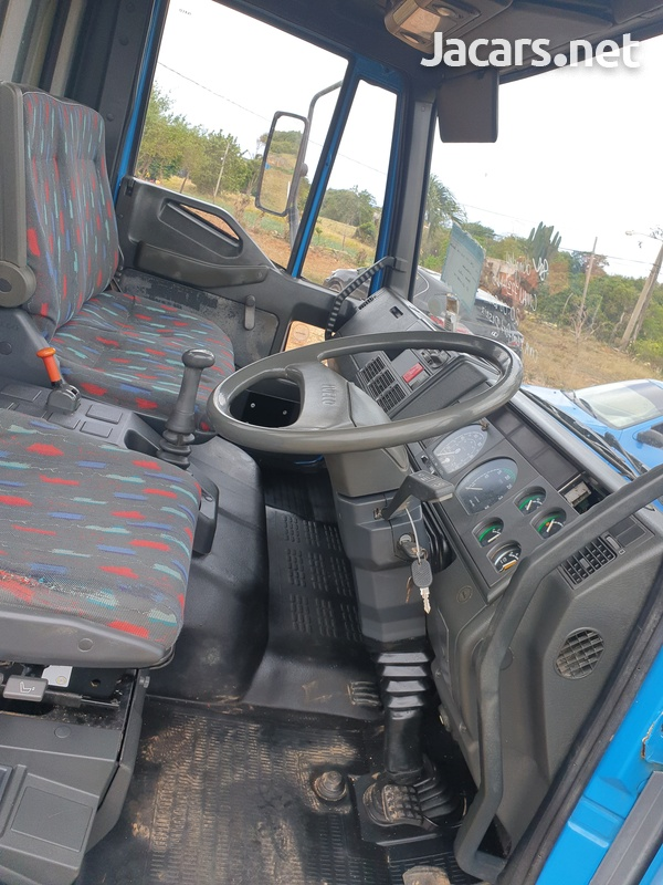 Ford iveco fleat bed-5