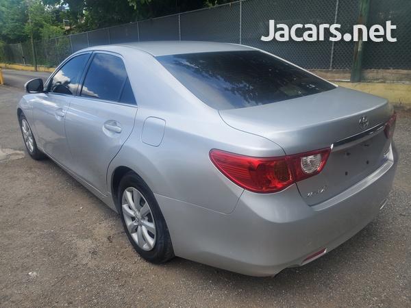 Toyota Mark X 2,4L 2012-4