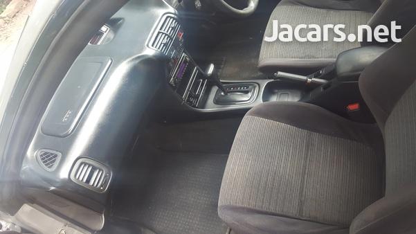 Honda Integra 1,6L 1998-3
