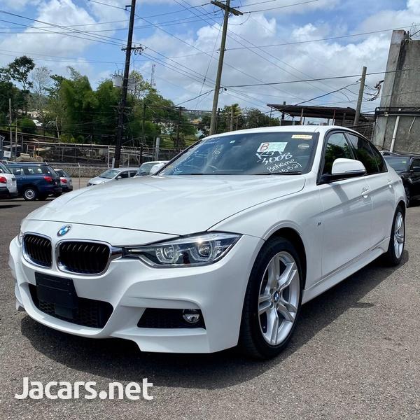 BMW 3-Series 2,0L 2016-13