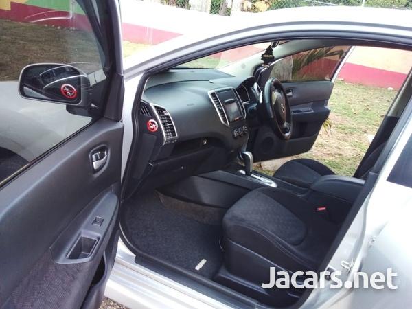 Nissan Wingroad 1,5L 2014-15