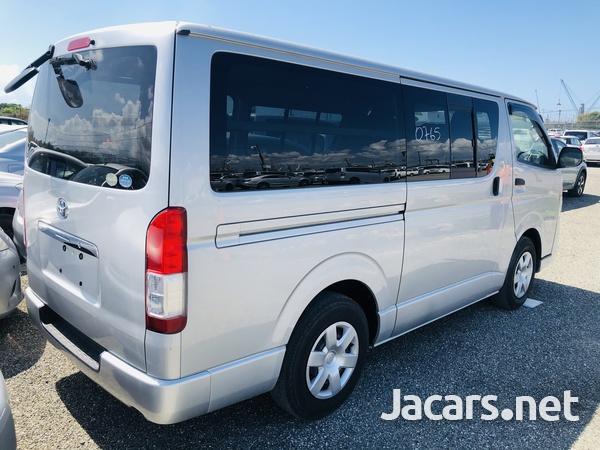 Toyota Regiusace GL Package 2,0L 2012-4