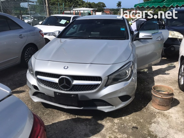 Mercedes-Benz CLA-Class 1,8L 2015-1