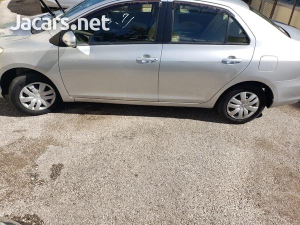 Toyota Belta 1,3L 2012-4