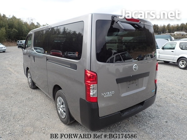 Nissan Caravan 2,5L 2014-2